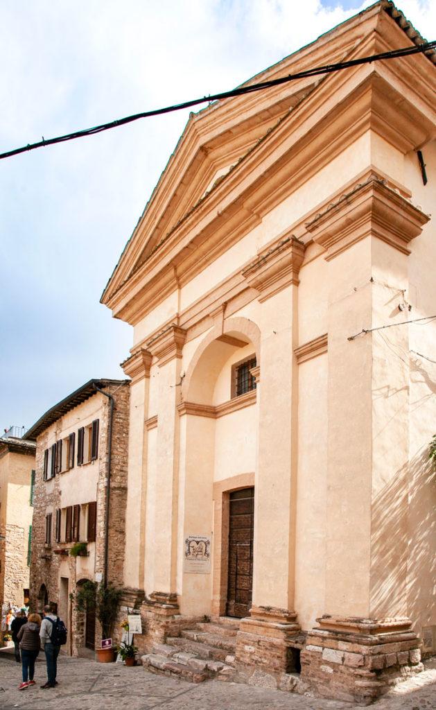 Facciata della chiesa di San Michele Arcangelo - Bottega d'Arte