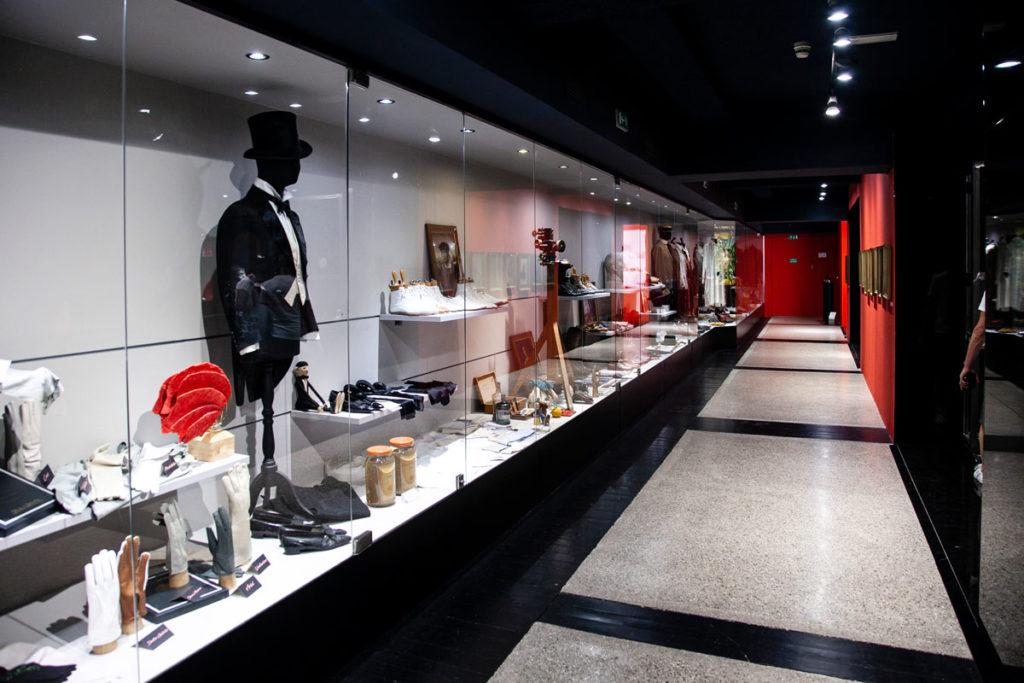 Guanti abiti e vestiti di Gabriele d'Annunzio