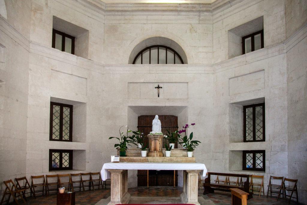 Interni del Tempio di Valedier - Genga