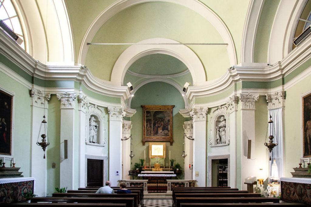 Interni della chiesa di San Giovanni Battista decollato di Salò