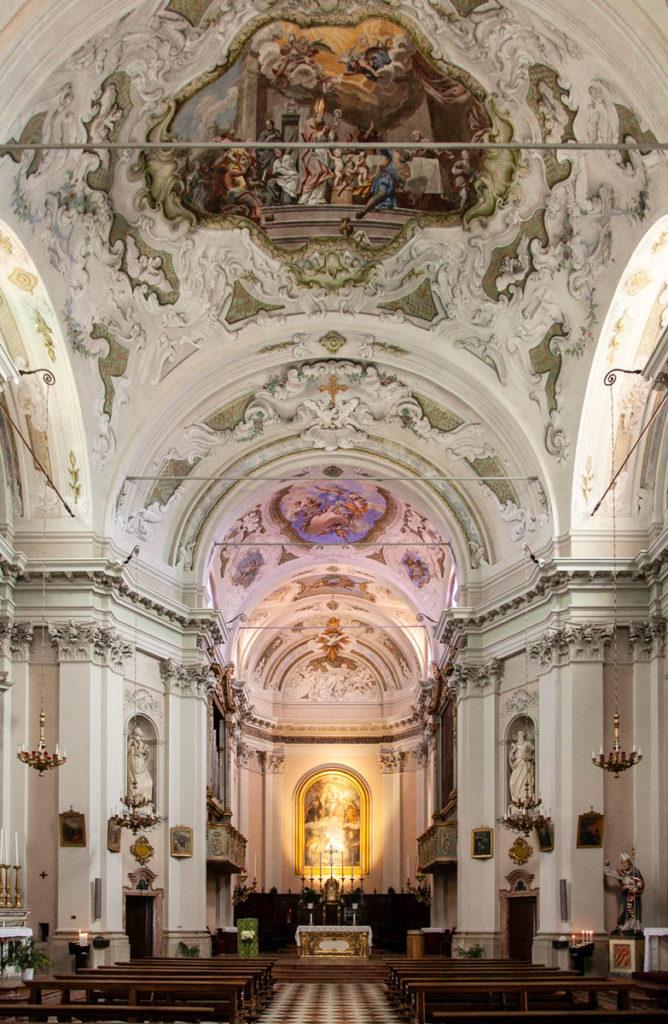 Interni della chiesa di San Nicolò da Bari - Gardone Riviera
