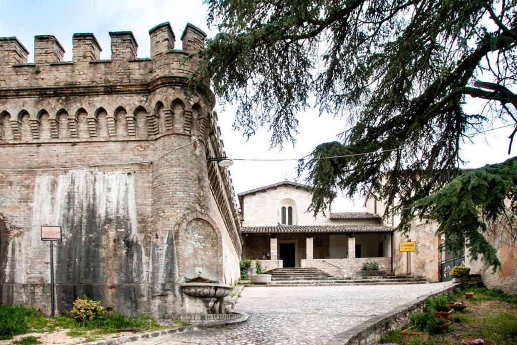 Mura Urbiche e Chiesa di San Severino