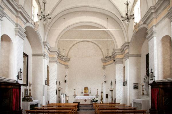 Navata Unica della Chiesa dei Santi Apostoli Pietro e Paolo - Rasiglia