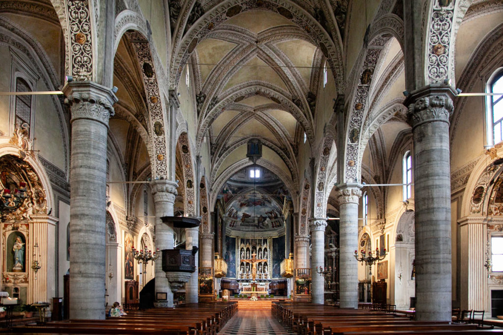 Navate Interne del duomo di Salò - Chiesa di Santa Maria Annunziata