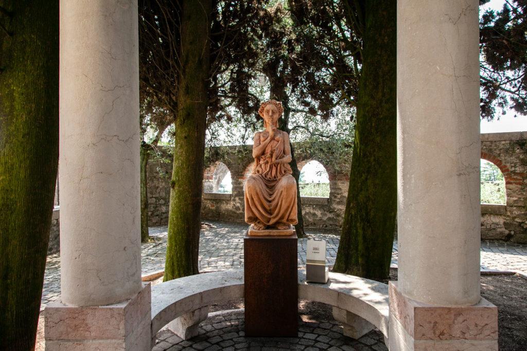 Opera il Silenzio di Ugo Riva a Gardone Riviera