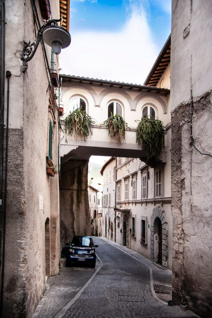 Palazzo Natalucci di Trevi e Collegamento ad Arco