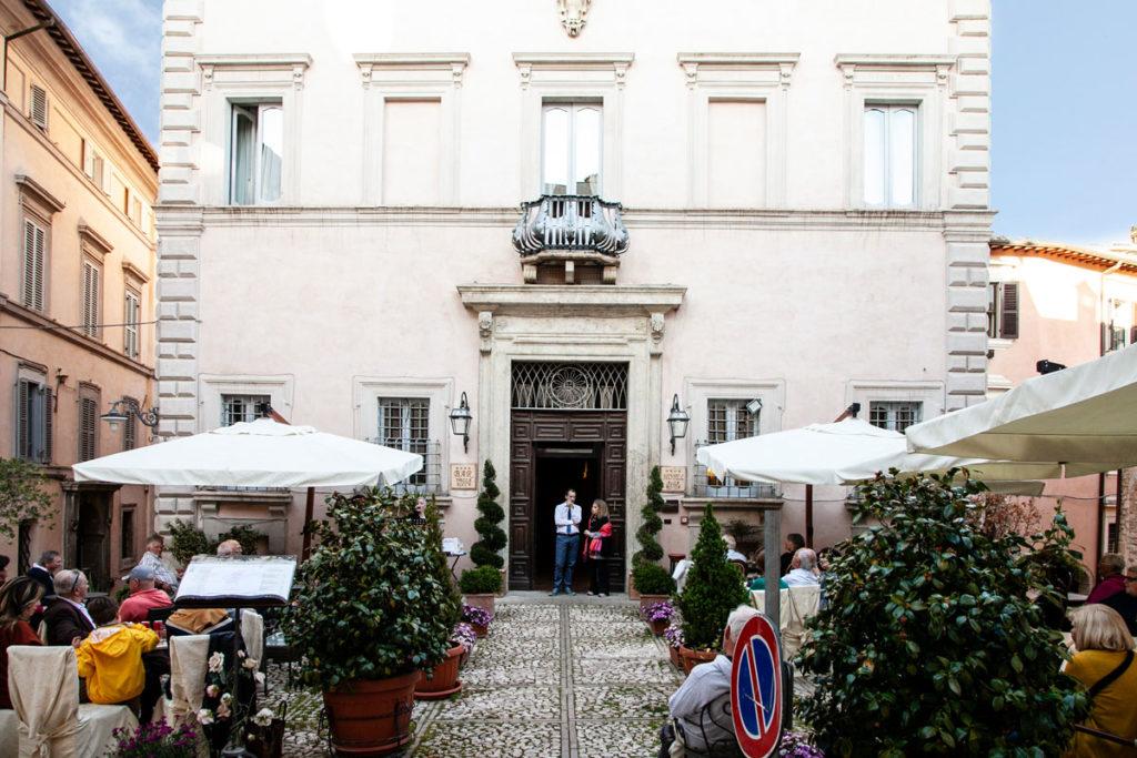 Palazzo della Prepositura Valenti a Trevi
