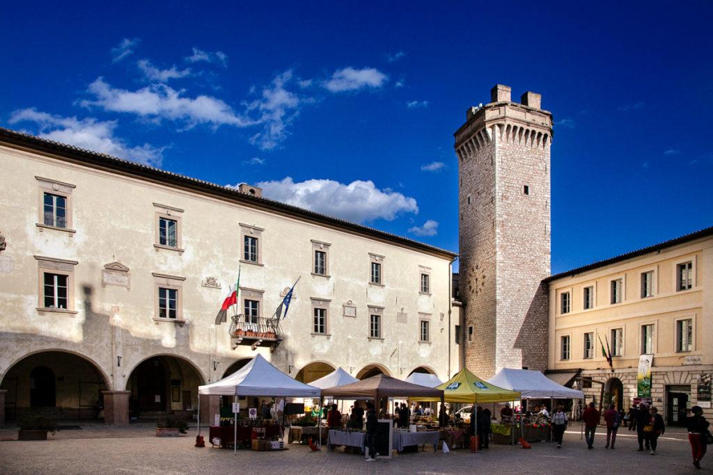 Piazza Mazzini - Torre Civica - Palazzo Comunale e Palazzo del Governatore