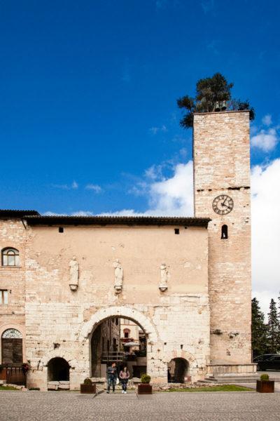 Porta Consolare di Spello - Ingresso principale al borgo