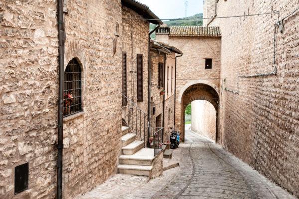 Porta Fontevecchia - Cosa vedere a Spello