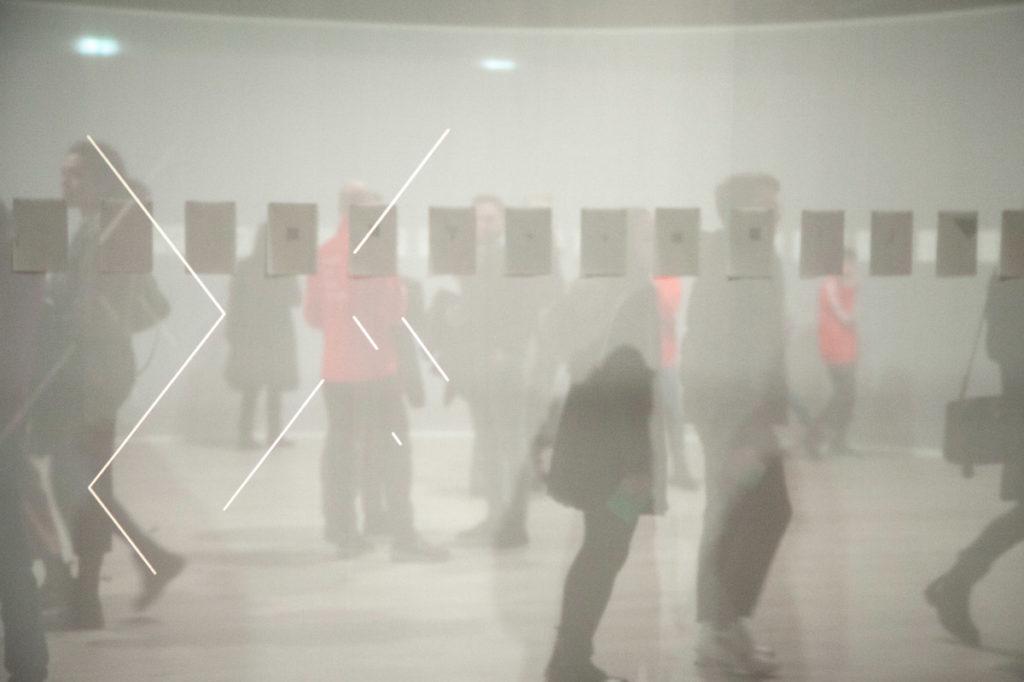 Proiezione di figure geometriche ad Hangar Bicocca - Kiti Ka'aeté (Lines)