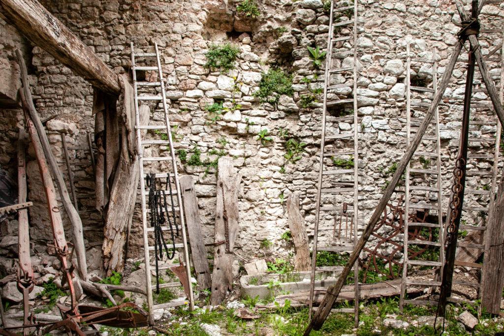 Rasiglia attrazzi antichi in legno