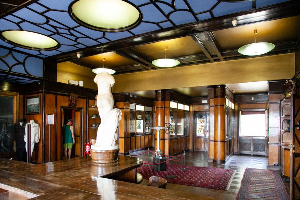 Sala del Museo d'Annunzio Eroe in palazzo Schifamondo