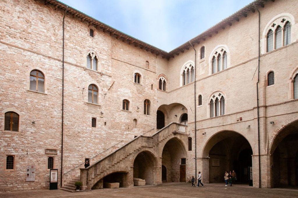 Scalone di Palazzo Trinci - Foligno