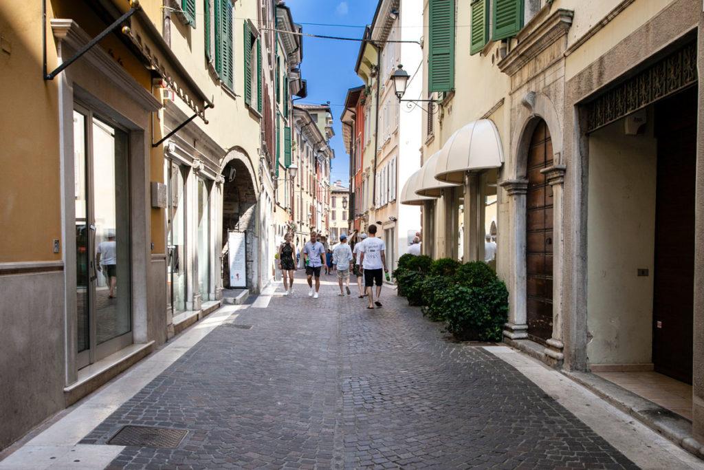 Via San Carlo - Via dello Shopping di Salò