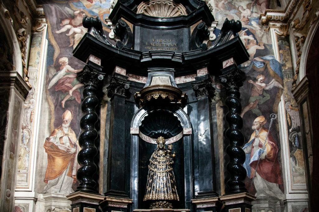 Cappella della Madonna Nera di Loreto dentro alla Basilica di San Gaudenzio di Novara