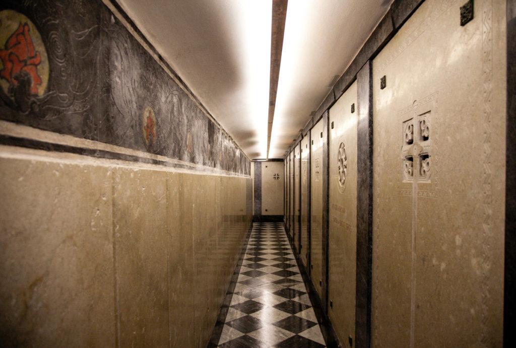 Cripta con Ossario dove si trovano le ossa dei Soldati