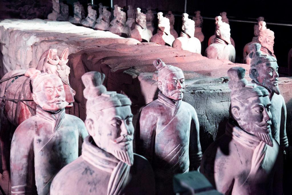 Esercito di Terracotta a protezione della camera funeraria dell'imperatore Qin Shi Huangdi