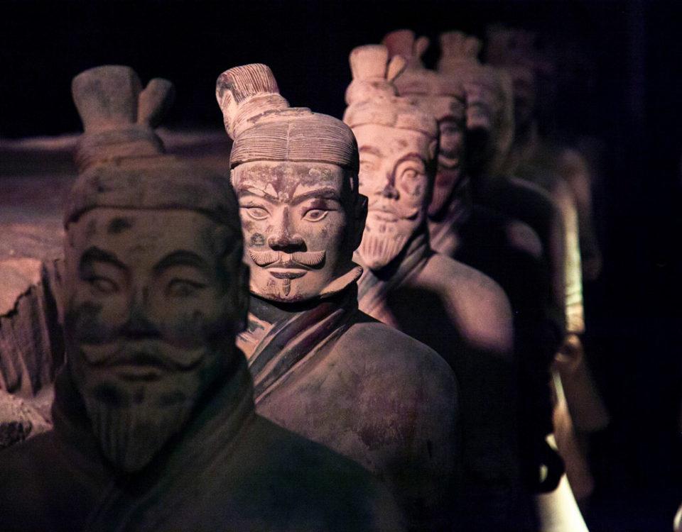 Esercito enorme e potente alla conquista e unificazione della Cina