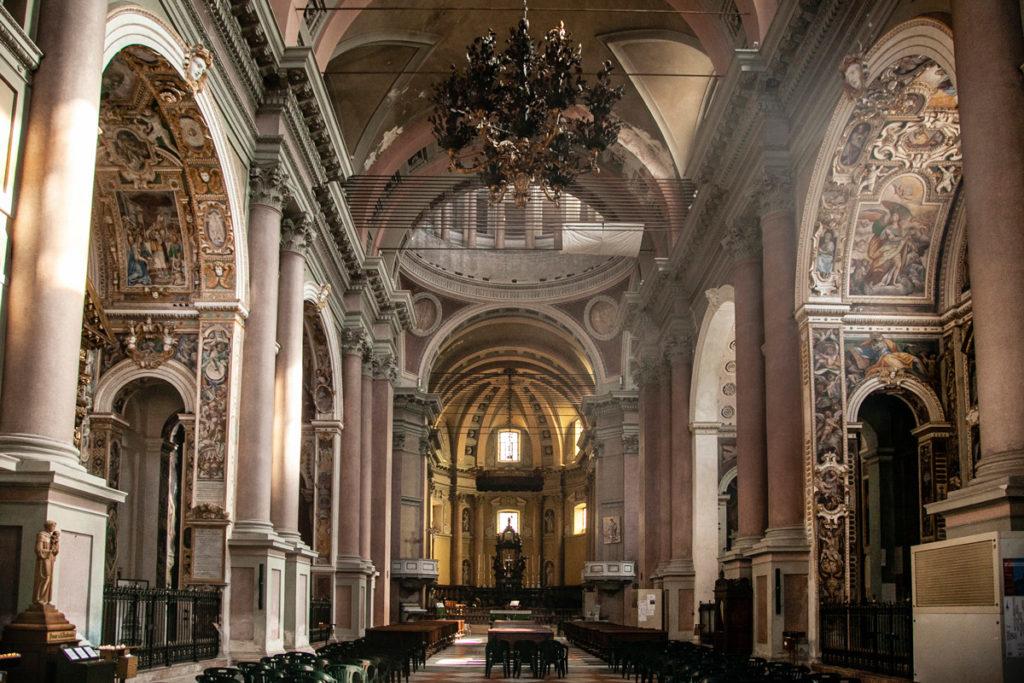 Interni della basilica di San Gaudenzio