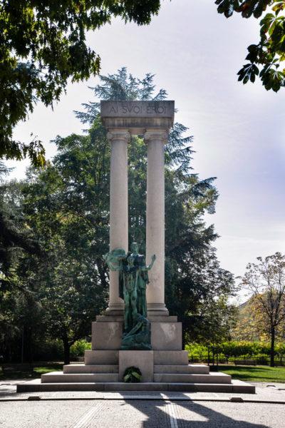 Monumento ai Caduti della Prima Guerra Mondiale dentro al Parco dell'Allea