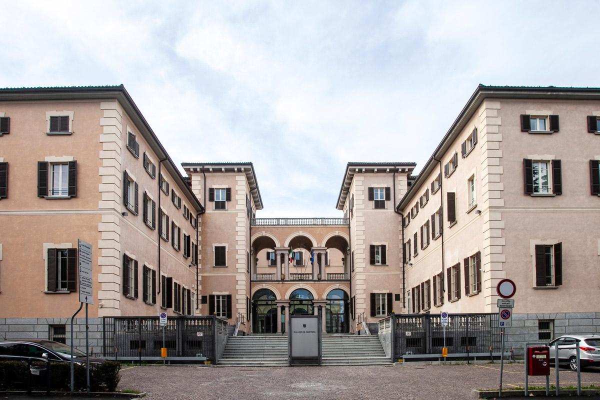 Palazzo Cacciapitti Fossati - Il palazzo di Giustizia di Novara