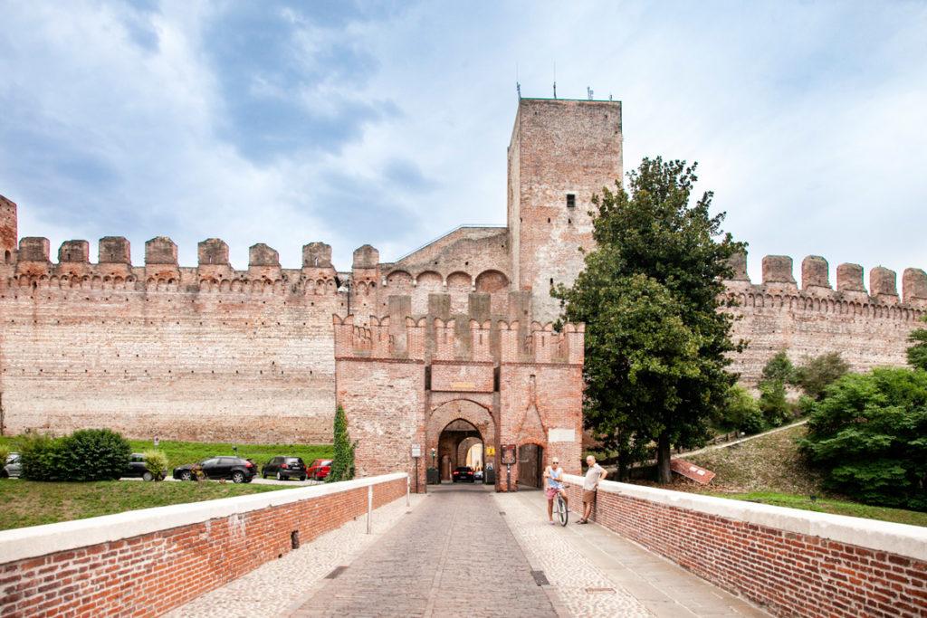 Porta Bassano di Cittadella vista esternamente