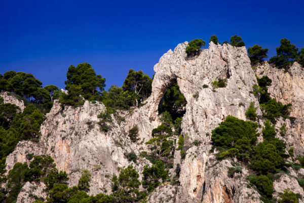 Arco Naturale di Capri visto dalla barca