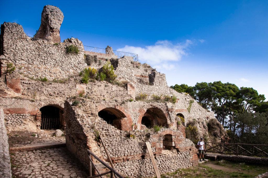 Area termale e per le acque calde di Villa Jovis