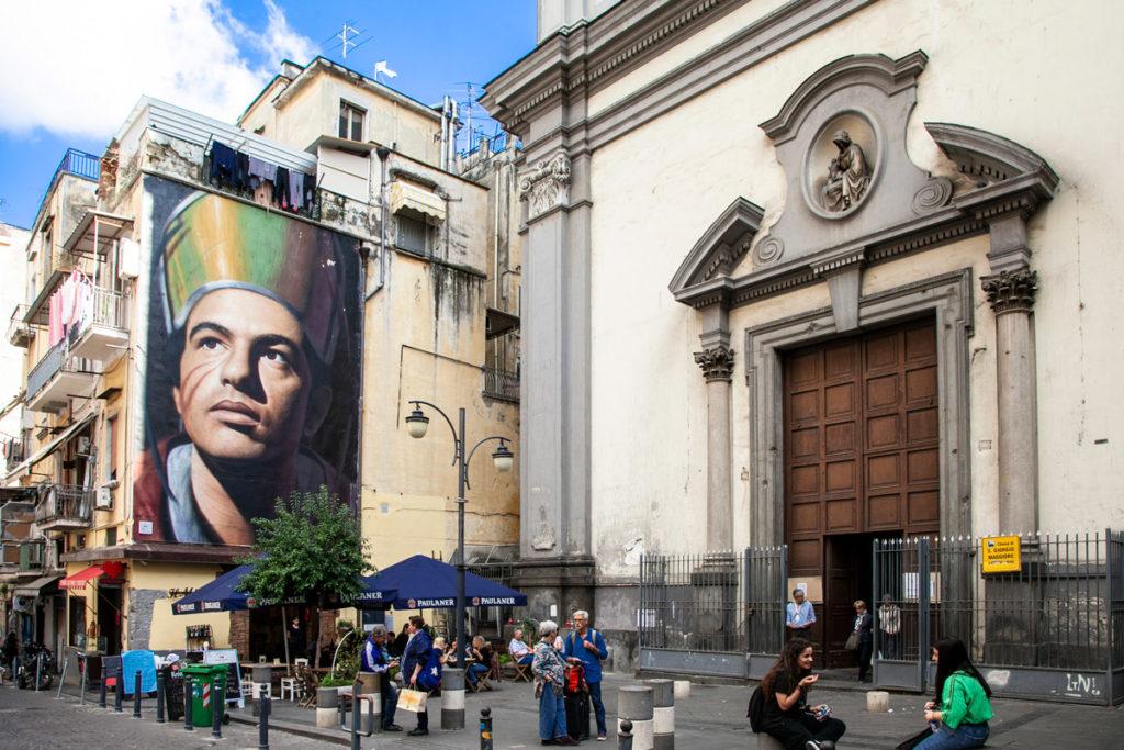Basilica di San Giorgio Maggiore con murales di San Gennaro - Jorti Agoch - Napoli