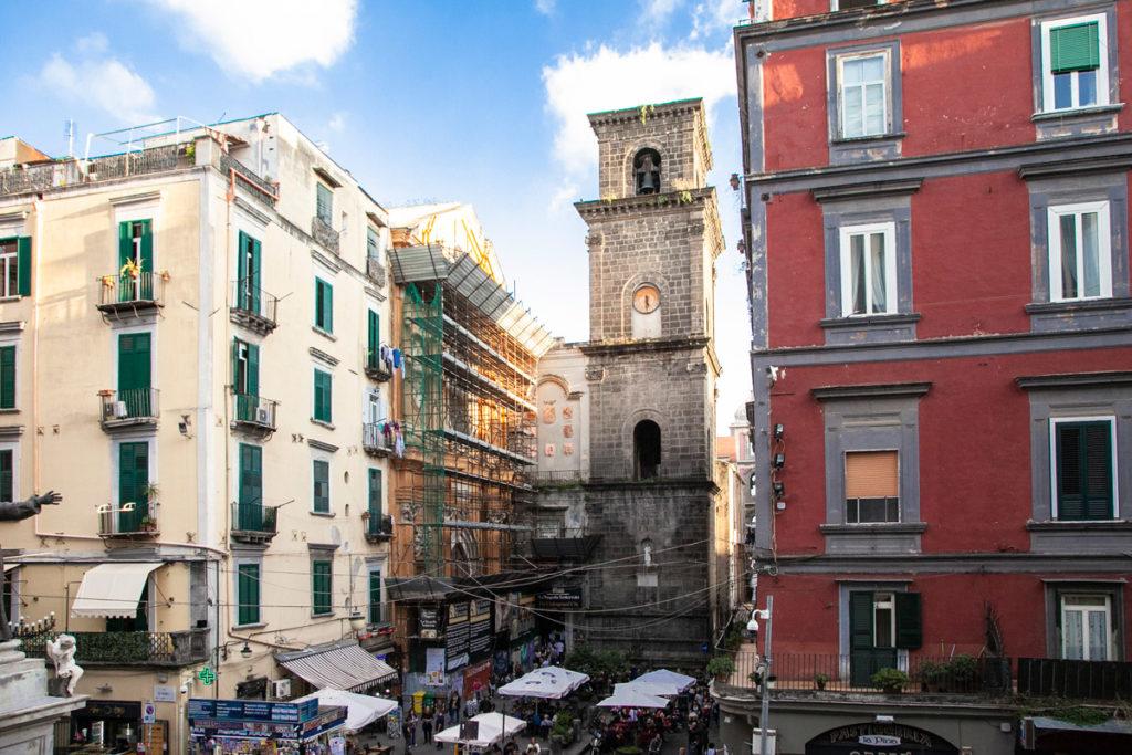 Basilica di San Lorenzo Maggiore e il suo campanile - Napoli