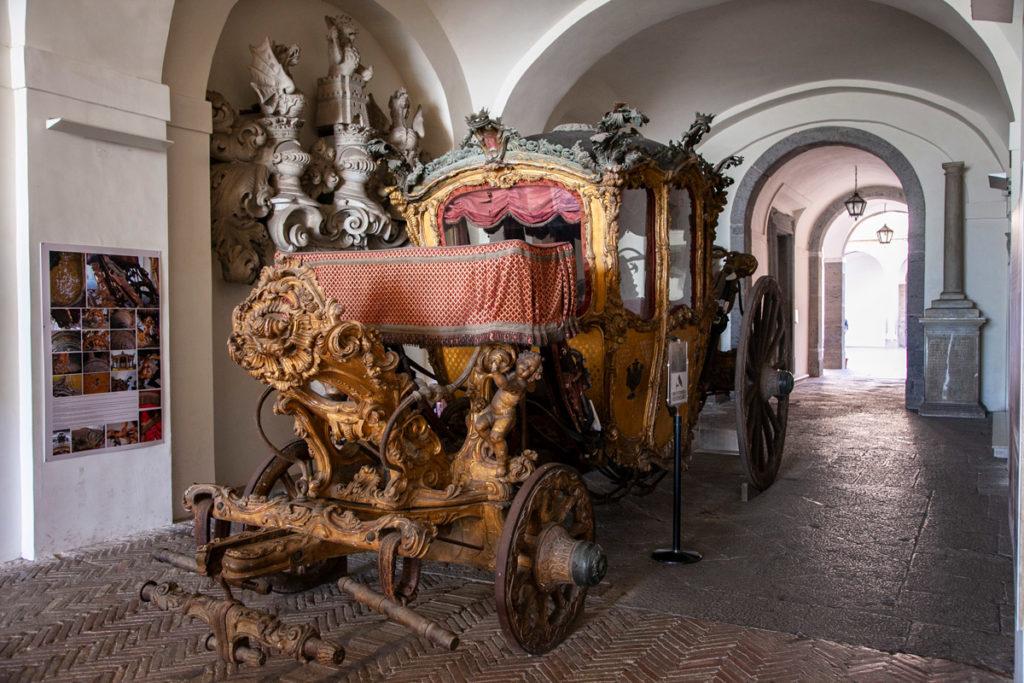 Carrozza Borbonica in mostra alla Certosa di San Martino