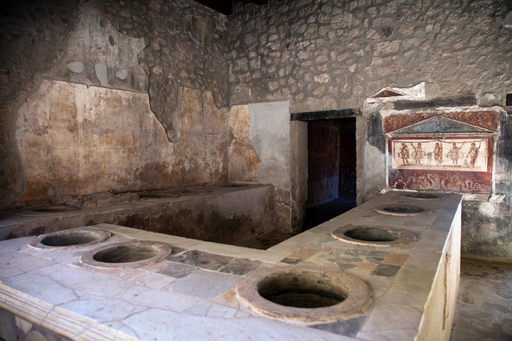 Casa e Thermopolium di Vetutius Placidus - Locanda di Pompei