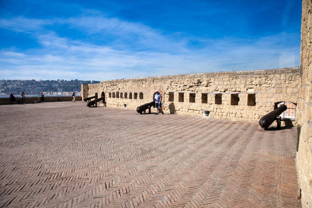 Castel dell'Ovo e le sue terrazze armate