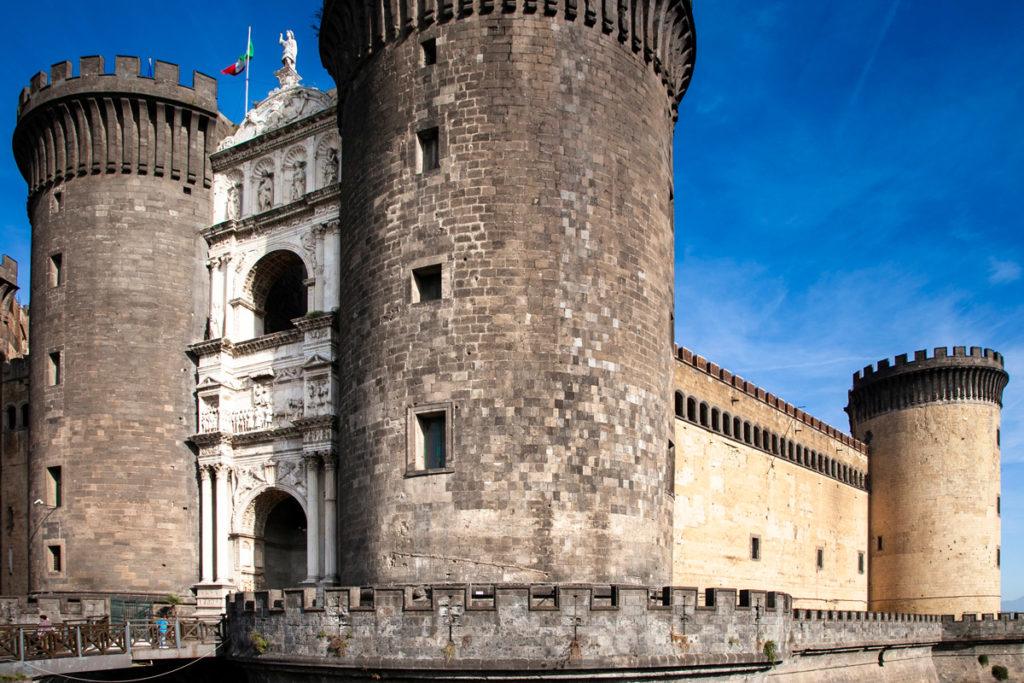 Facciata del Maschio Angioino o Castel Nuovo