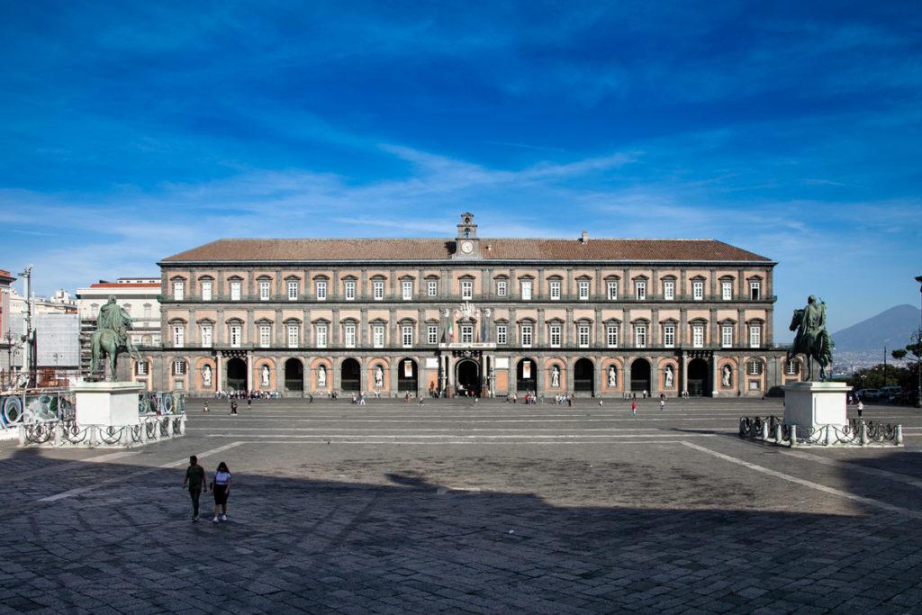 Facciata del Palazzo Reale di Napoli