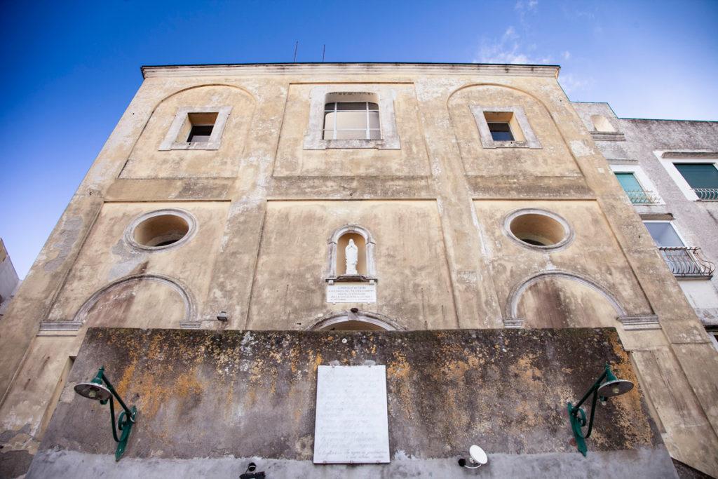 Facciata della Chiesa del Santissimo Salvatore di Capri