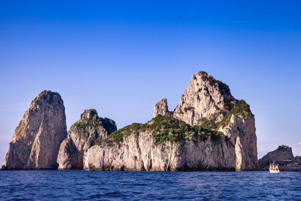 Giro in barca di Capri - i Faraglioni
