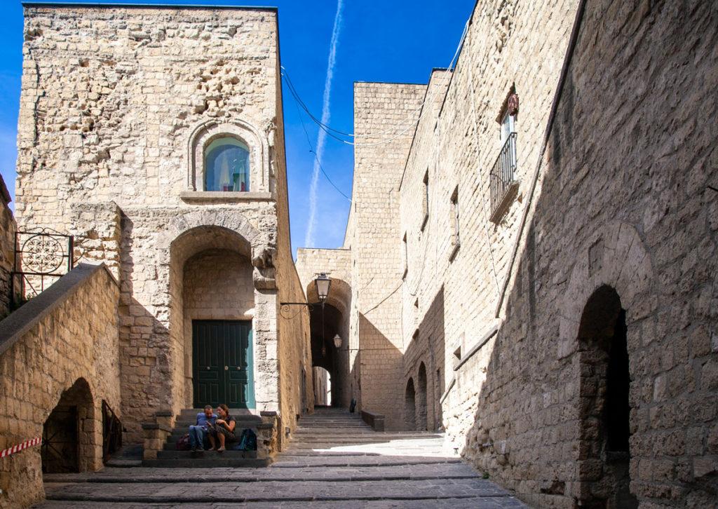 I bastioni di Castel dell'Ovo