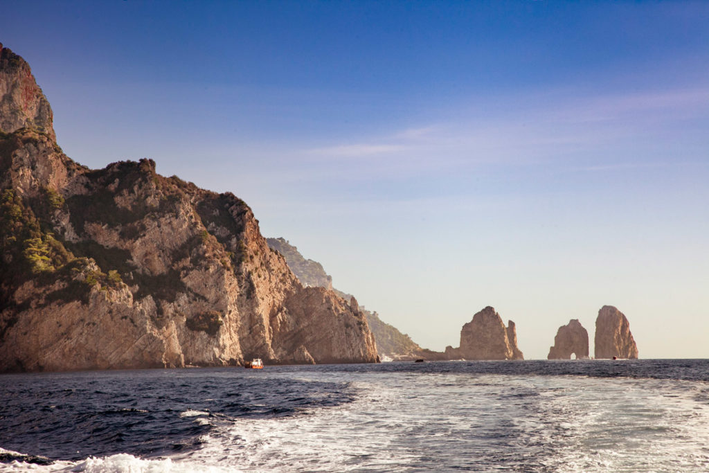 I faraglioni di Capri visti dal giro in barca dell'isola