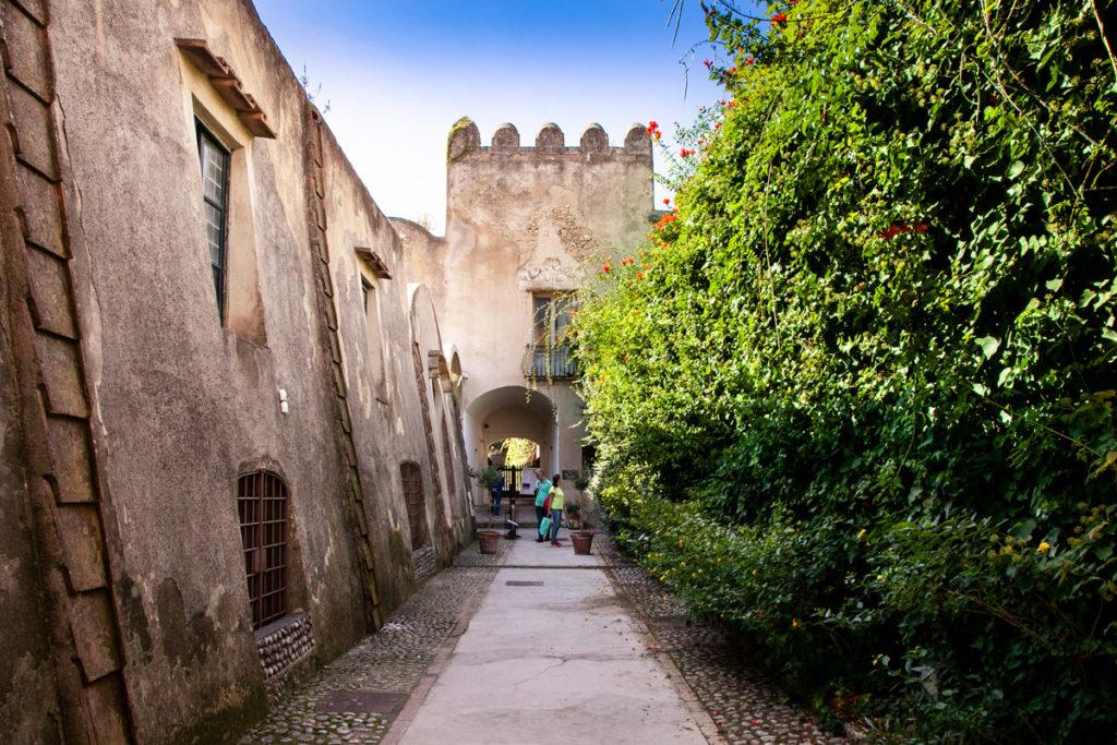 Ingresso alla Certosa di San Giacomo di Capri