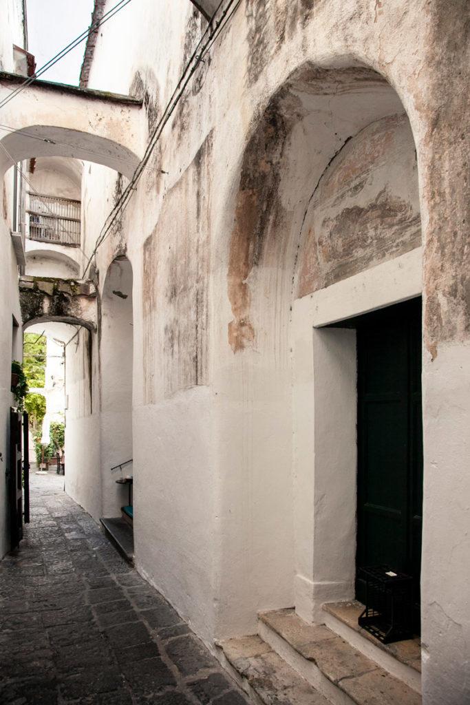Ingresso alla Chiesa Nuova di Amalfi