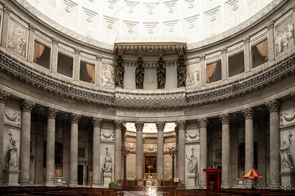 Interni circolari della Basilica di San Francesco di Paola