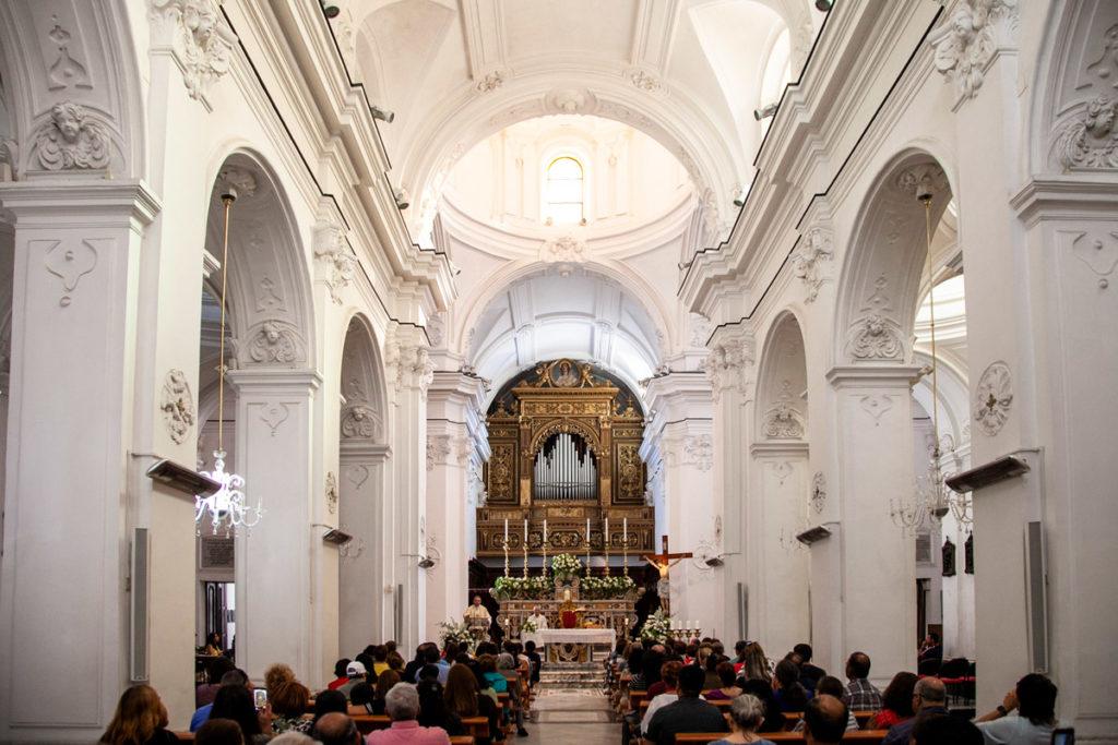 Interni della chiesa di Santo Stefano