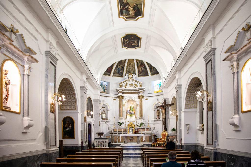 Interni della chiesa di sant'Anna