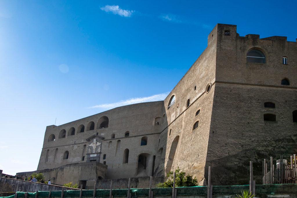 La struttura imponente di Castel Sant'Elmo - pianta a stella