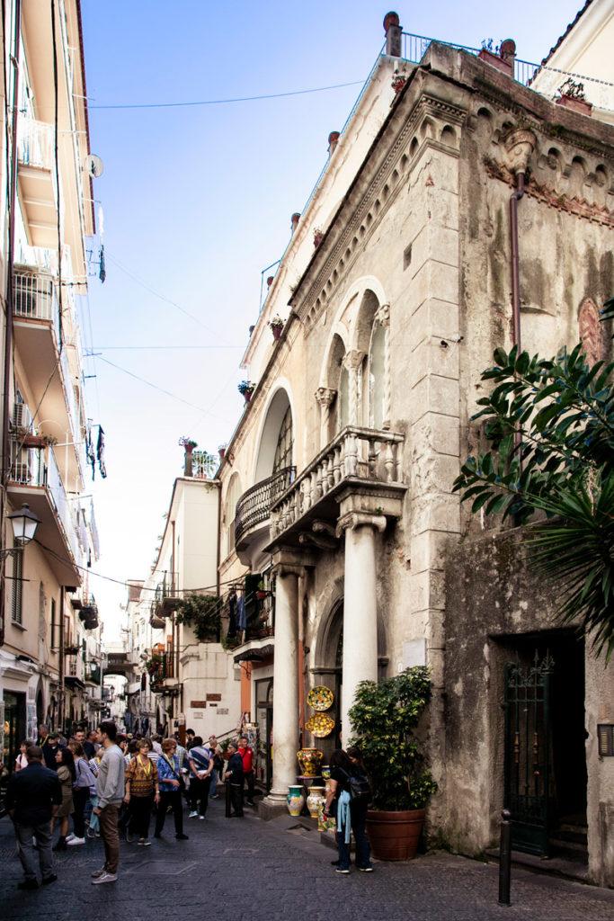 Palazzo Castriota su piazza Spirito Santo