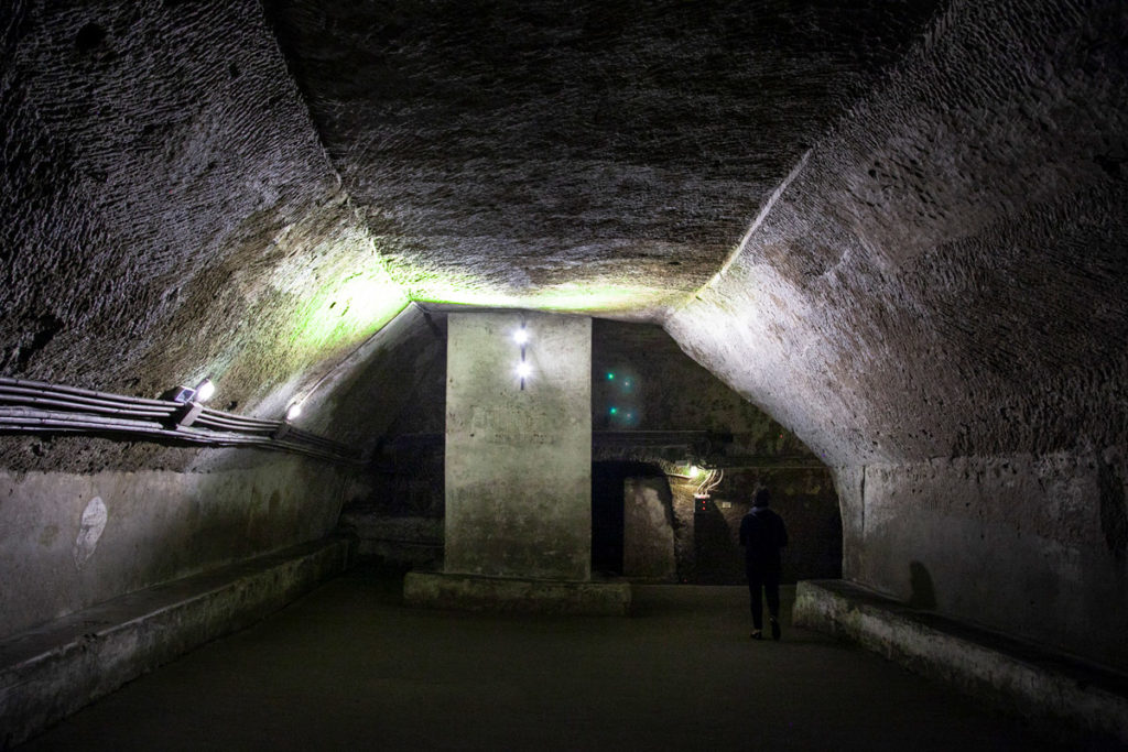 Percorso di Napoli sotterranea - Scavato nel tufo