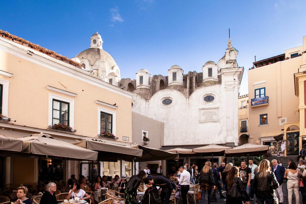 Piazza Umberto I - la piazza più famosa di Capri