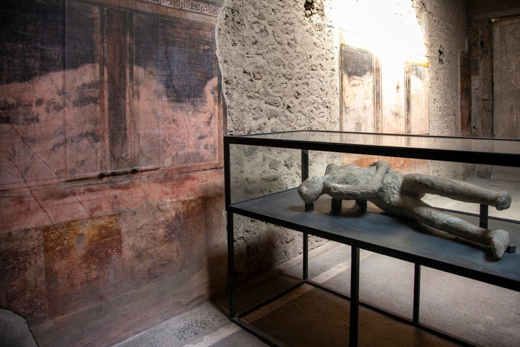 Pompei e i calchi dei corpi ritrovati nella lava